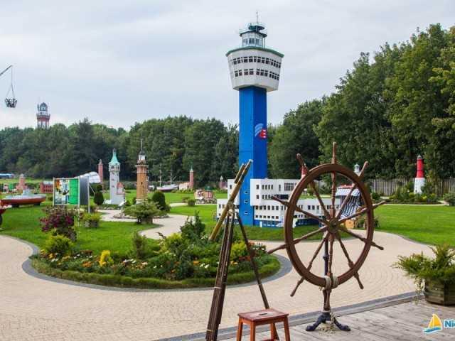 m191_niechorze_park_miniatur_latarni_morskich